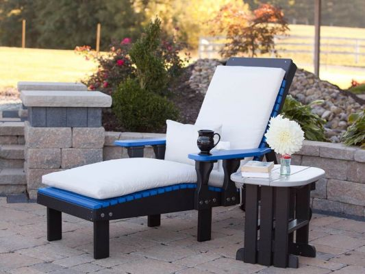 Optional Removable Cushions on Pigeon Point Poly Lounge Chair