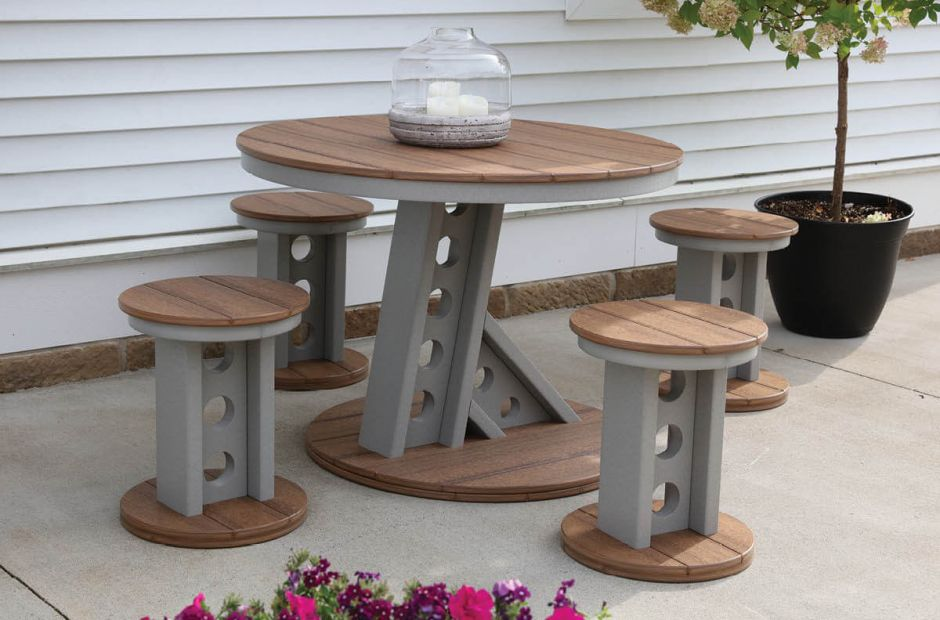Ash Outdoor Dining Set image 1