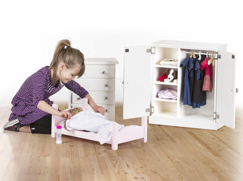 Amish Doll Furniture