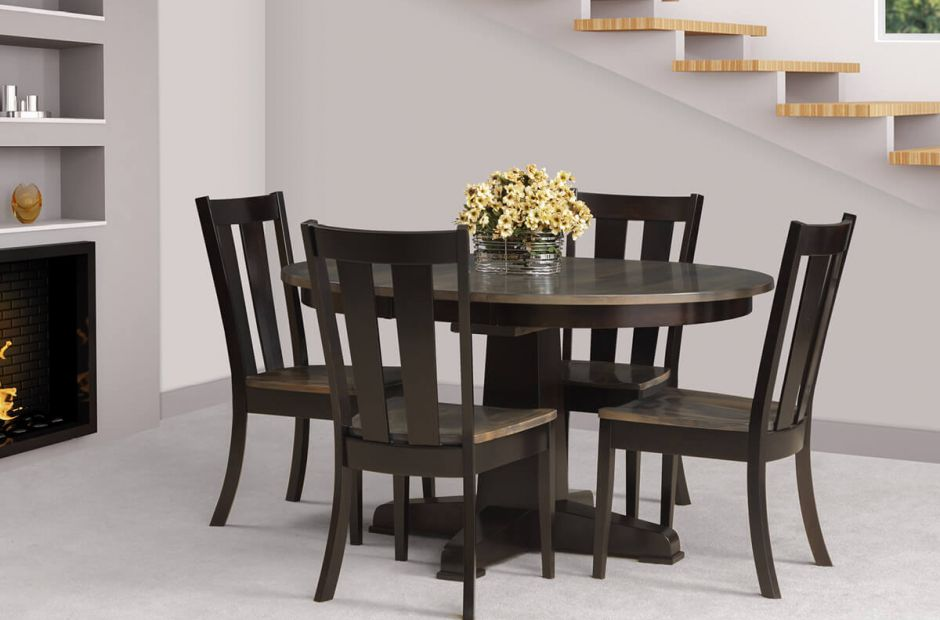 Strongsville Dining Set image 1