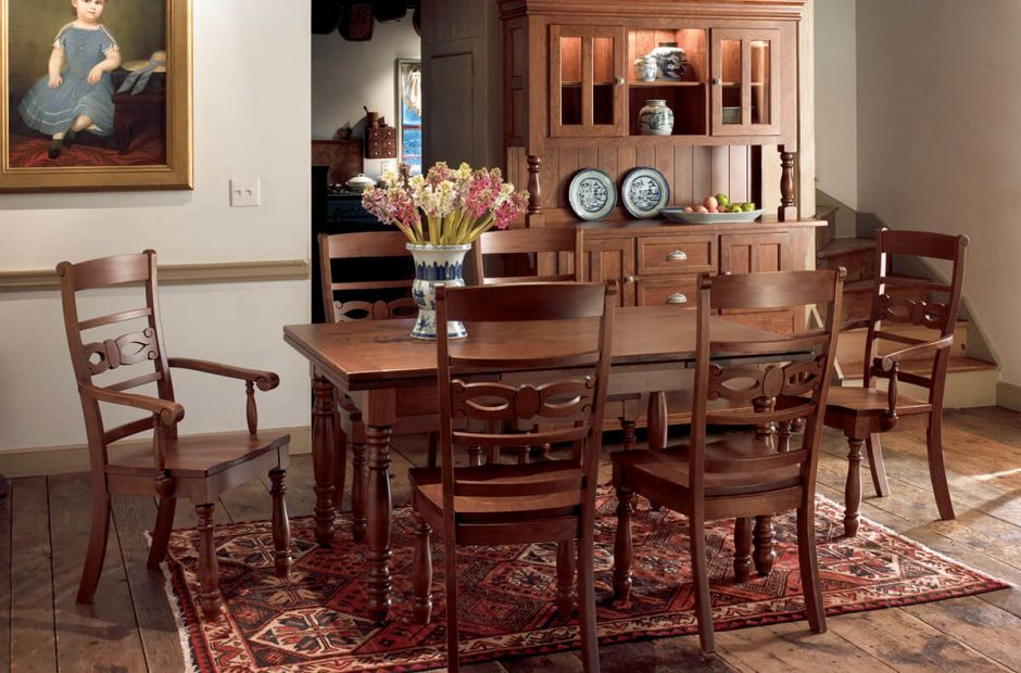 Fairlawn Dining Set image 1