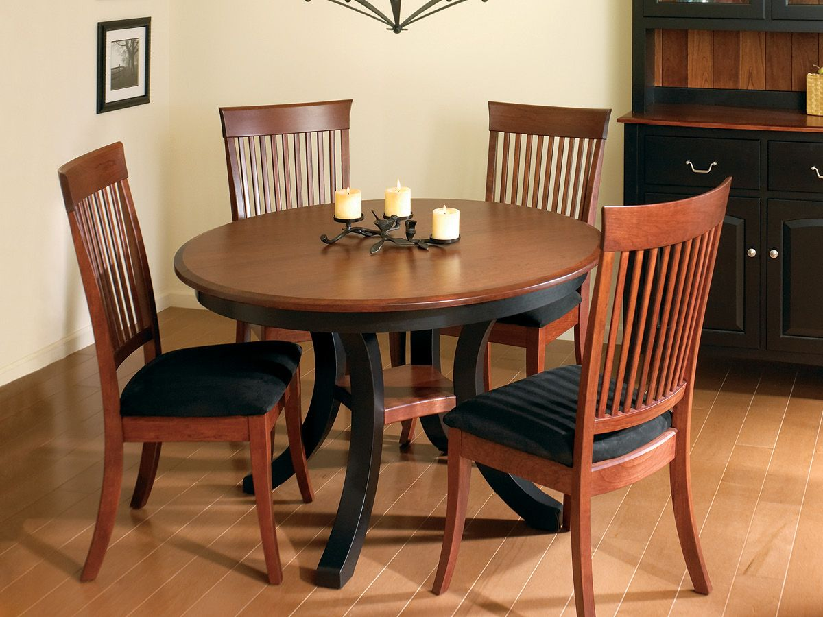 Hoxie Dining Room Set