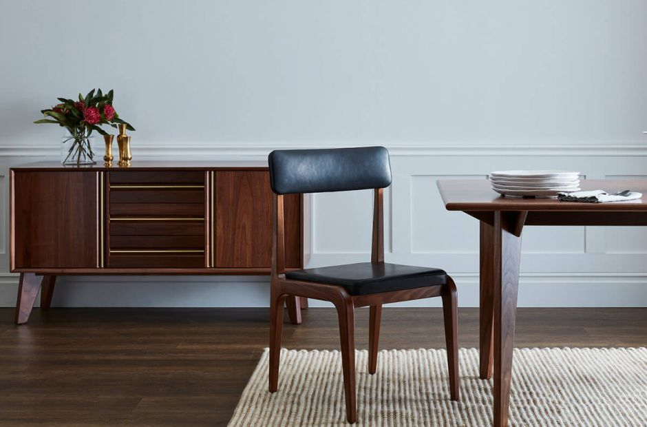 Lattimore Dining Set image 1