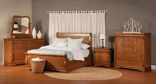 Milwaukee Sleigh Wardrobe Armoire - Countryside Amish Furniture
