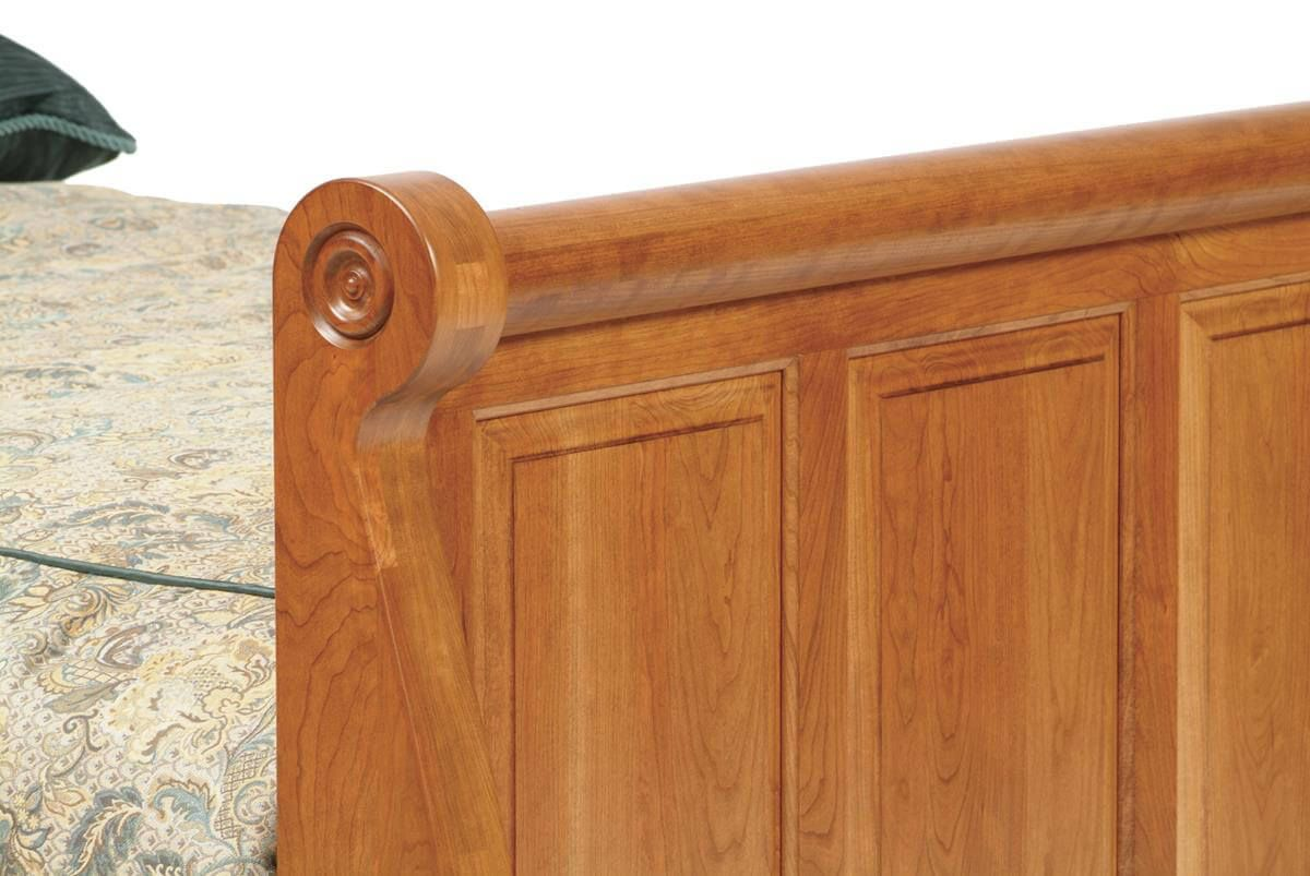 Elizabeth's Tradition Sleigh Bed footboard
