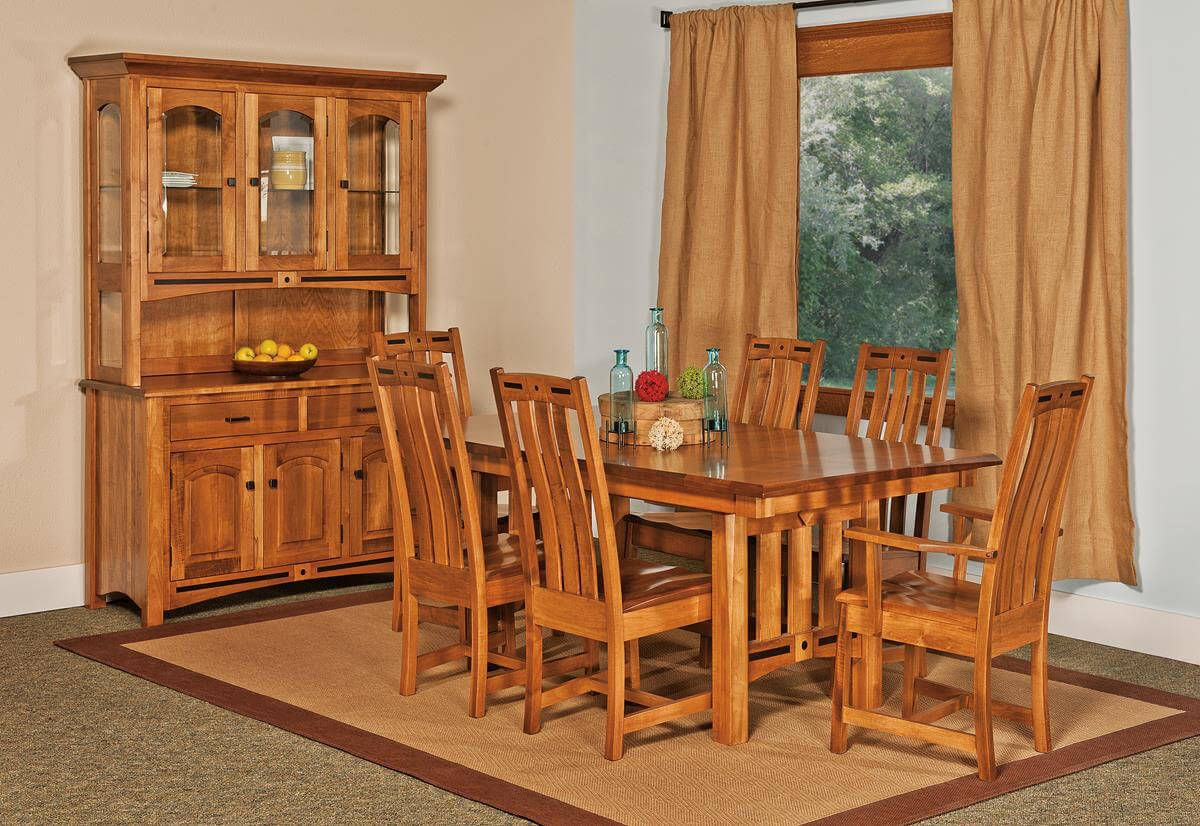 Mason City Mission Dining Set